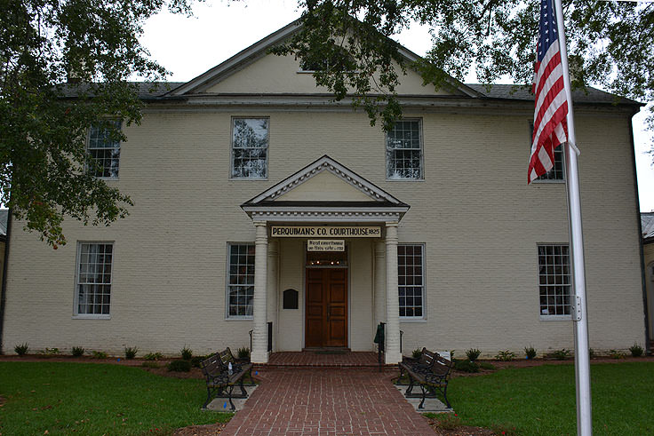Perquiman's County Courthouse in Hertford, NC